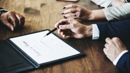 La querelle sugli affidamenti dei servizi legali